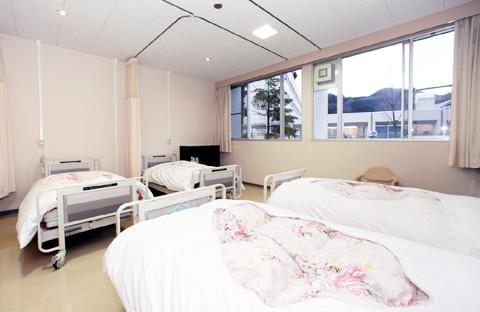 居室|4人部屋・2人部屋・個室・特別室